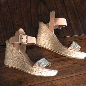 Brash size 5 woven wedge heels